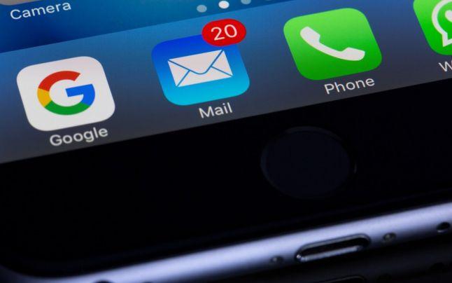 Date personale, telefon. Foto: Pexels